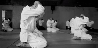 Students in Seiza