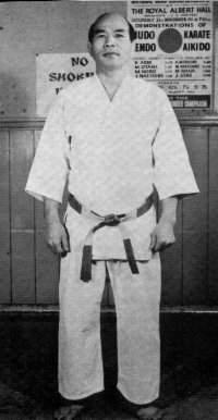 Kenshiro Abbe