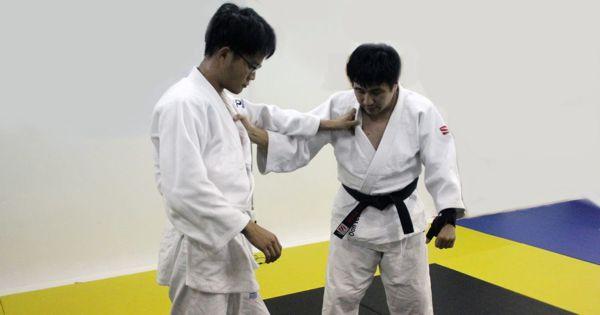 Ai-Yotsu and Kenka Yotsu