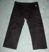 Folding the Gi: pants flat