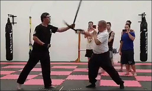 Raymond Floro and Mang Romeo Macapagal sparring Kalis Ilustrisimo