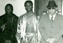 Robert Dickerson wins Joe Frazier Silver Gloves