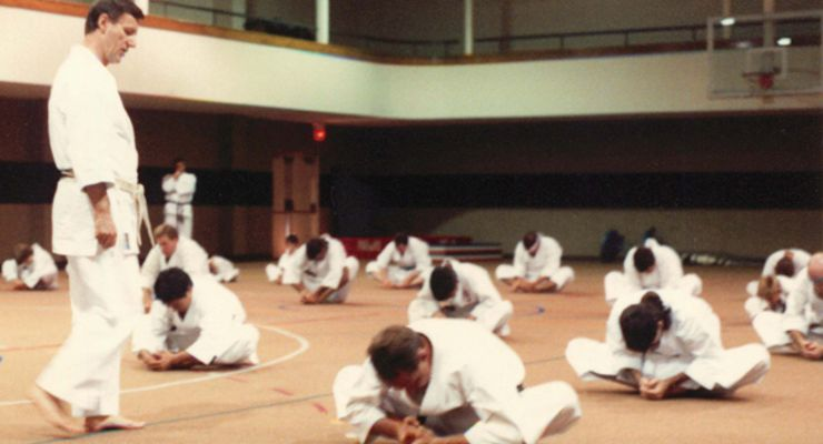 Shihan Julius Thiry conducting clinic.